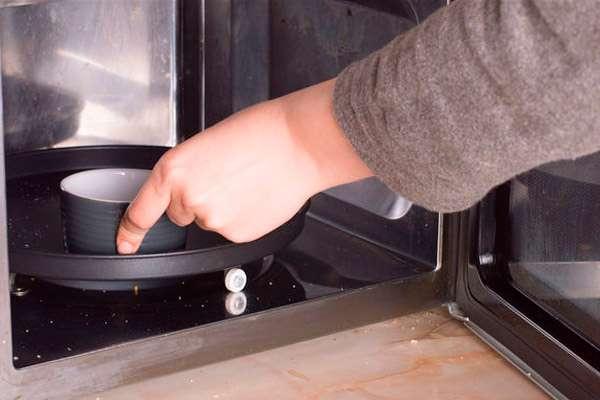 Как пожарить тыквенные семечки быстро и вкусно? Как пожарить тыквенные семечки в микроволновке.